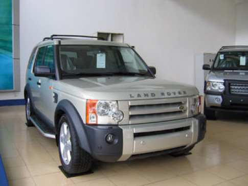 Co hoi cam lai xe hang sang Land Rover tai Viet Nam