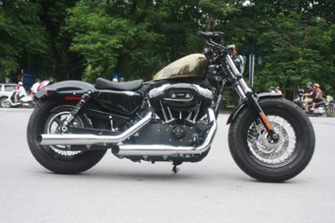 Dạo phố cùng Harley-Davidson Forty-Eight màu độc tại Hà Nội