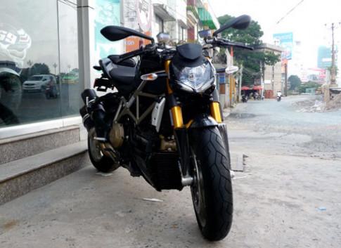 Ducati Streetfighter S 2010 có mặt tại Việt Nam