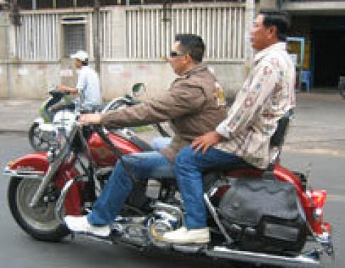 Moto phan khoi lon: Mo dang ky, dong luu thong