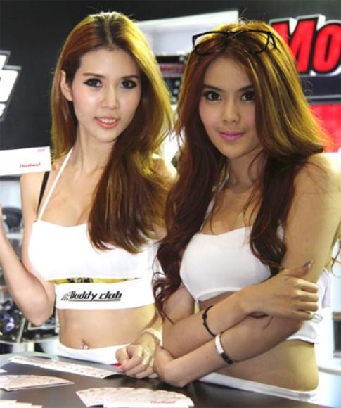 Người đẹp ở Bangkok Auto Salon 2013