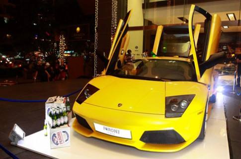 'Sao' Viet tao dang cung Lamborghini Murcielago