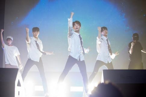 Theo chân Sao (14/8): Monstar chăm chỉ cùng các thí sinh Produce 101 tại Hàn Quốc