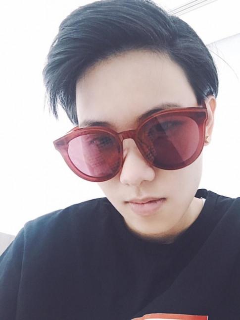 Theo chan Sao (18/7): Tien Cookie voi hinh anh khac la, Khoi My hoa chu meo con dang yeu