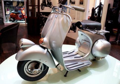 Vespa 98 - scooter cổ từ bảo tàng Piaggio về Việt Nam
