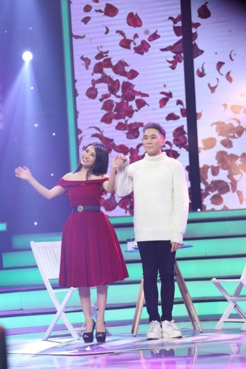 Vua moi ruoc nang ve dinh tren TV, Karik da noi loi chia tay ngoai doi thuc