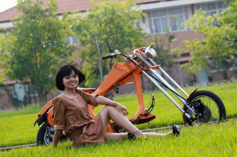 Vespa chopper - phong cách độ xe lạ tại Việt Nam