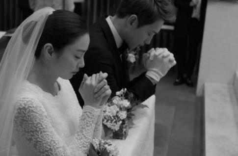 Tại sao Rain và Kim Tae Hee lại tổ chức đám cưới nhỏ như thế?