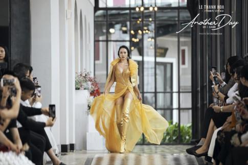 Catwalk xuat than, Vu Ngoc Anh lam khuay dong san dien show Another Day giua Sa Pa