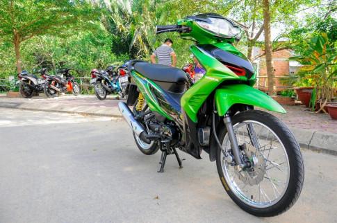 Wave RSX đầy phong cách với bộ cánh xanh Z1000