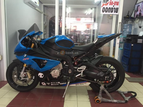 Ca map bien xanh BMW S1000RR do day tinh te cua dan choi Thai