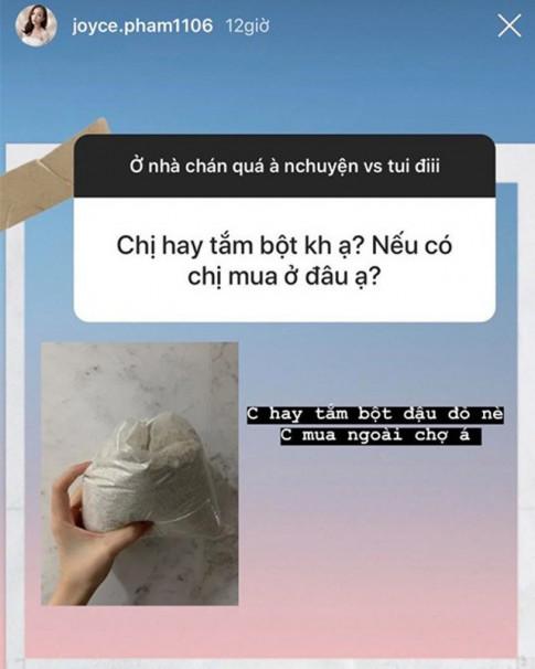 Giau nut vach, con gai dai gia Minh Nhua van tam trang bang loai bot re beo mua ngoai cho