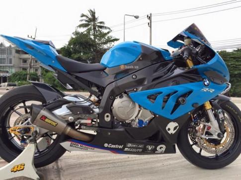 BMW S1000RR day an tuong voi dan ngoai cong hang hieu
