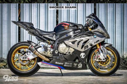 BMW S1000RR day quyen ru trong ban do Smoker Shark