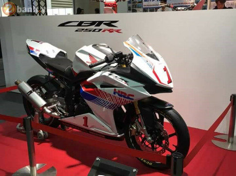 Chiem nguong Honda CBR250RR phien ban duong dua cua doi Honda Racing