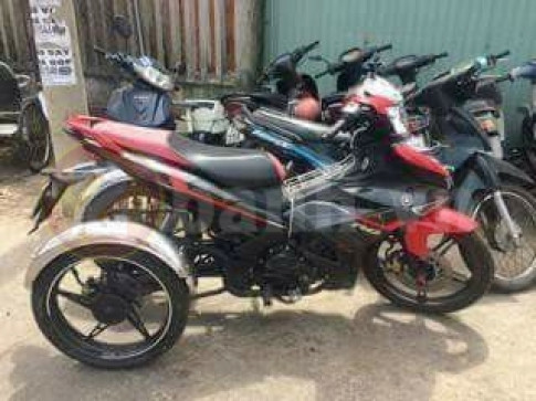 Cuc doc Exciter 2019 voi 3 banh cung nhieu tien ich