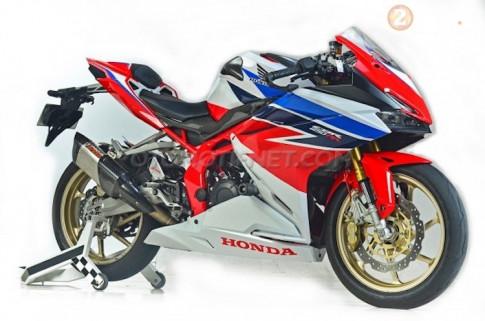 Honda CBR250RR do tuyet dep voi y tuong tu chiec Honda CBR1000RR Fireblade SP