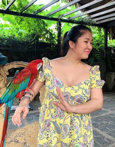 Hoi me bau giam can ngoan muc sau sinh: Le Phuong sut 30kg van chua bang my nhan nay