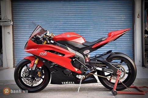 Yamaha R6 day dung manh va uy luc khoe dang tai Thai Lan