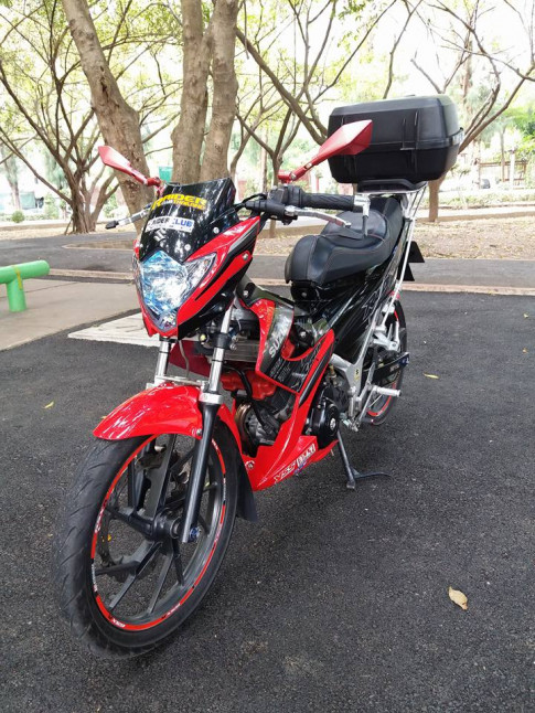 Don nhe Raider 150 theo style touring