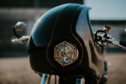 Ducati Monster S2R trong bản độ 'lột xác' đầy lộng lẫy