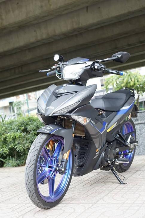Exciter 150cc với bánh xe đổi màu