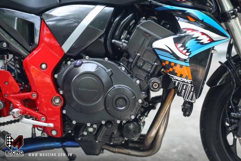 Honda CB1000R hung han trong bo canh ca map Shark