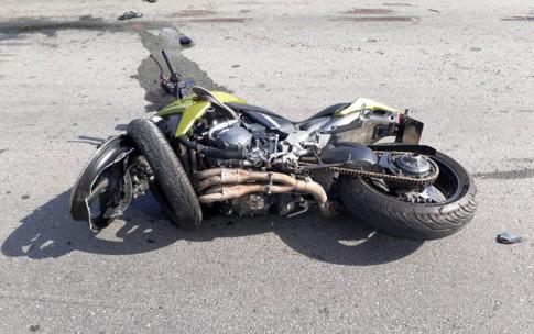 Honda CB1000R tong truc dien xe may tong 3 di nguoc chieu tai Binh Duong