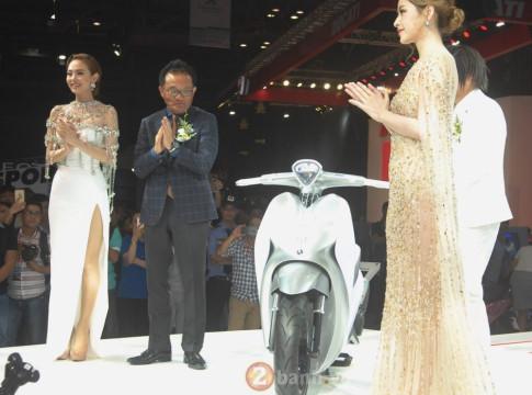 Minh Hang cung Chi Pu ra mat Yamaha GLORIOUS
