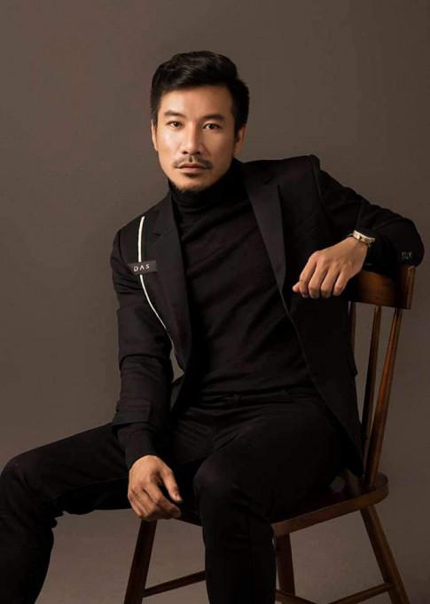 "Vo de DV Ba Cuong tham nghi ""Nhin con khong giong minh"", gio chap nhan con 2 bo, 2 me"