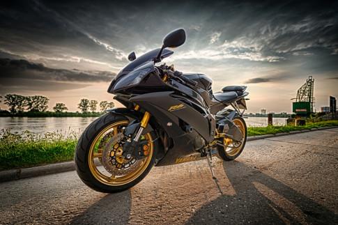 Yamaha R6 - Nhin lai chang duong 19 nam cua 'con ngua bat kham'
