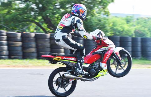 Can canh Honda Winner 150 phien ban duong dua cua tay dua Viet Nam