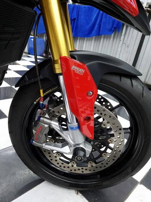 Ducati Hypermotard 939 do- Sieu xe 'Da zi nang' hoan hao cung trang bi Touring