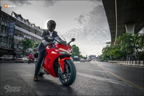 Ducati Sportbike dep me hon trong bo anh buoi chieu hoang hon