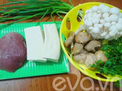 Giản dị canh thịt băm nấu nấm