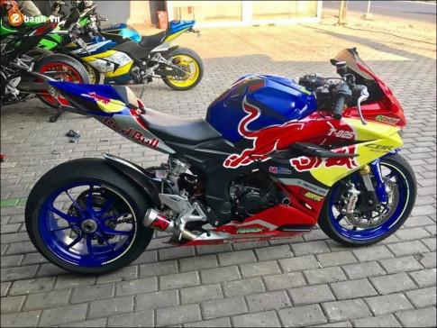 Honda CBR250RR độ nổi loạn bên dàn chân Ducati 1199