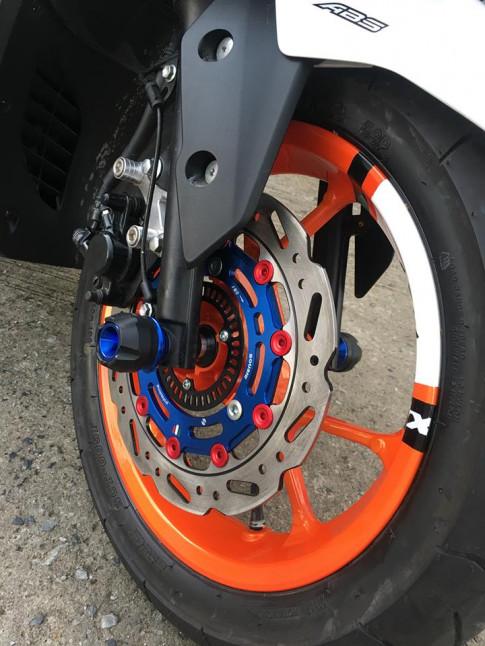 NVX con trâu hầm hố 155cc với nhiều đồ chơi xinh xắn của Biker nước bạn