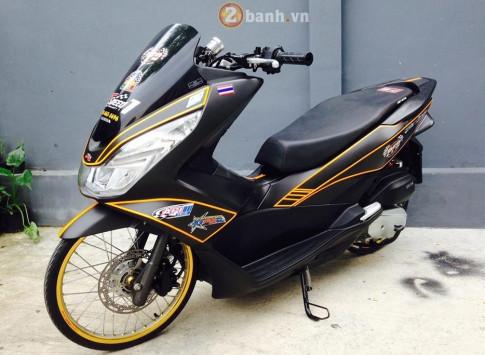 PCX 150 do cua biker Thailand voi doi chan mong nhat the gioi