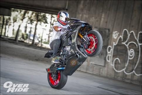 Sieu pham 'full Carbon fiber' Yamaha R1 trong loat anh day loi cuon