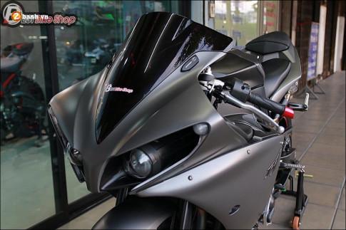 Yamaha R1 do - Huyen thoai Yamaha day loi cuon voi dan am huong Yoshimura