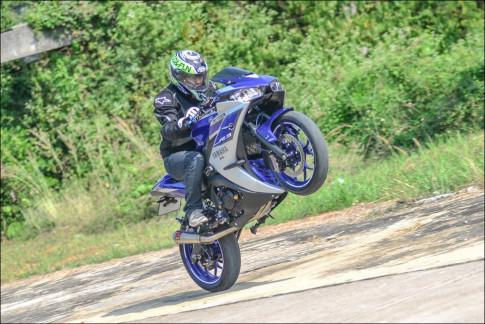 """Yamaha R3 do mang phong cach thiet ke xung tam """"sieu xe"""""""