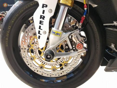 BMW S1000RR do goi gon voi 2 chu ' cuc khung ' cua biker Thai Lan