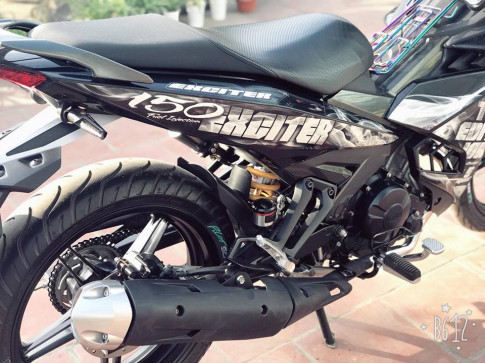 Exciter 150 do nhe nhang gay an tuong voi bo canh Limited Edition