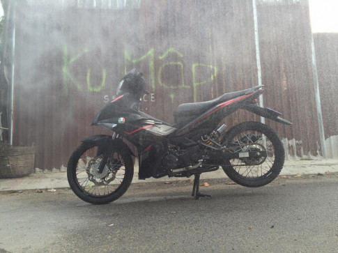 Exciter 150 do phong thai Mx-king red black day lich lam