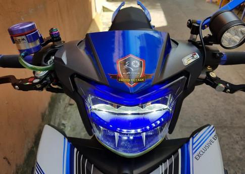 Yamaha Exciter 150 do don giang sinh voi khoi do choi an tuong