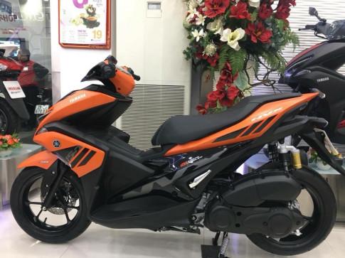 Yamaha NVX 155 ra mắt thêm phiên bản màu cam đen đặc biệt