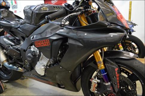Yamaha R1 gây đỏ mắt người xem qua cấu hình trường đua