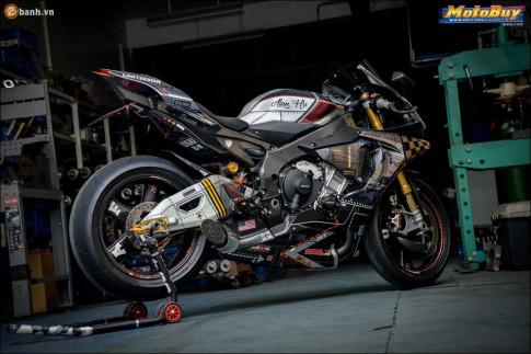 Yamaha R1M độ dàn âm thanh sống động qua ống xả MONKEY POWER
