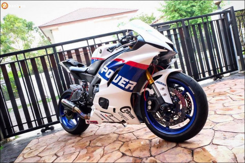Yamaha R6 do chat lu tu phien ban trang xanh Power
