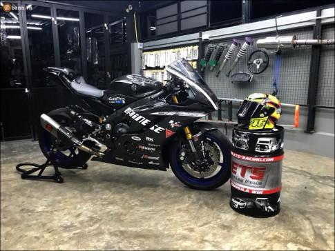 Yamaha R6 'Ngựa hoang' hiếu chiến cực chất qua bản độ Dainese full Carbon